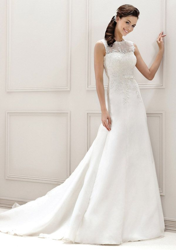 14 best Brautkleider images on Pinterest | Wedding frocks, Short ...