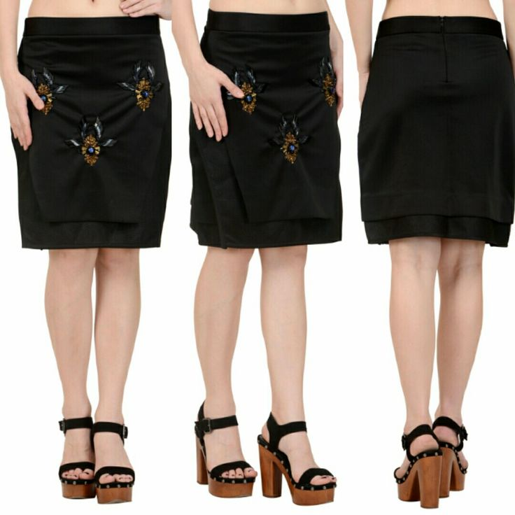 High waist skirt with embroidery work and motifs. This perfect glamour is now available at a fraction of its original cost. #freealterations #freehomedeliveryandpickups #tryathomebeforeorder #rheapillairastogi #indiandesigner #desidesigner #black #skirtlove #skirt #panels #embroiderywork #bewise #lookgorgeous #feelgood #rentyourfashion #rentfromftheramp #myotr #OffTheRamp For more details and designs please visit offtheramp.com or call 8447158533.