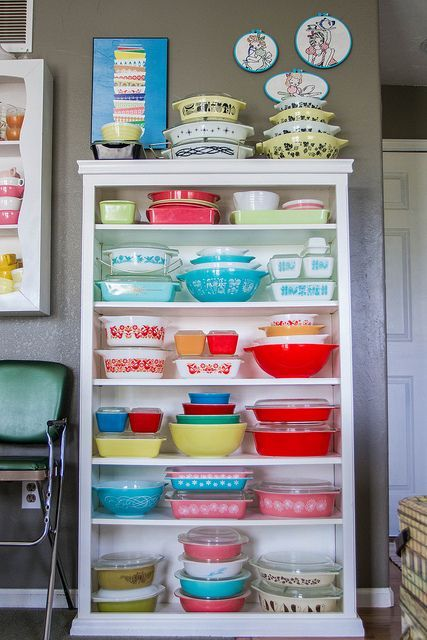 Vintage Pyrex Refrigerator Dishes- you can get these at the flea market and antique stores and they're just the BEST. Description from pinterest.com. I searched for this on bing.com/images
