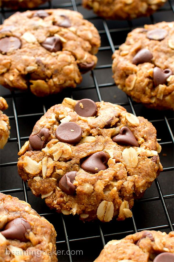 Peanut Butter Chocolate Chip Oatmeal Cookies (V+GF): An easy recipe for soft, deliciously textured cookies with oats, coconut, and LOTS of peanut butter and chocolate. #Vegan and #GlutenFree | BeamingBaker.com
