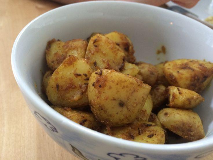 gele gekruide aardappelen