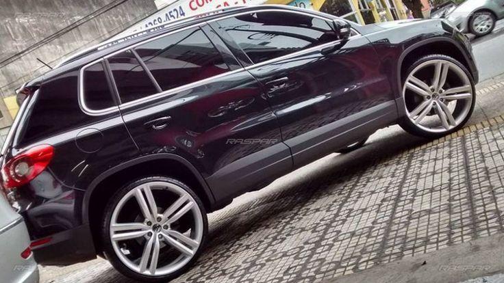 """Volkswagen Tiguan 2011 com rodas Raw Wheels Amarok aro 22"""" e pneus Delinte 235/35/22 foto 6"""