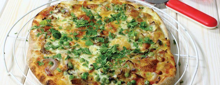 Готуй смачно разом із #Бондюель: #Піца з білими грибами, горошком та петрушкою  #рецепт