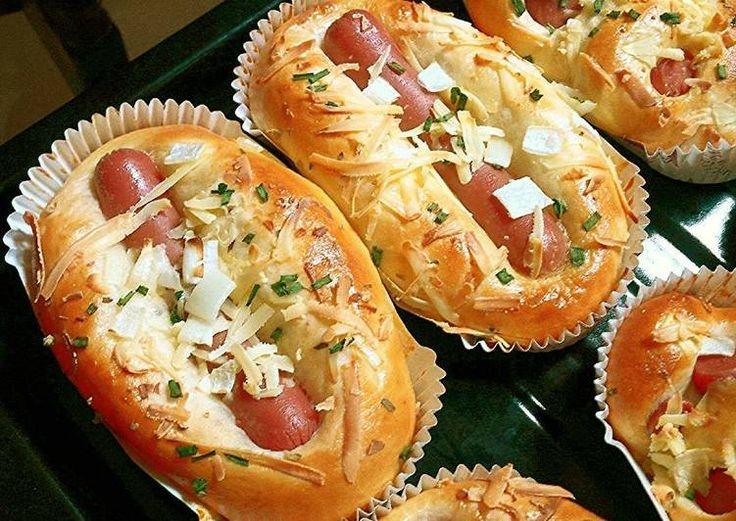 Roti Sosis Sapi Empuk sampai 3 hari,kesukaan kita ;) - Sausage hotdog bun