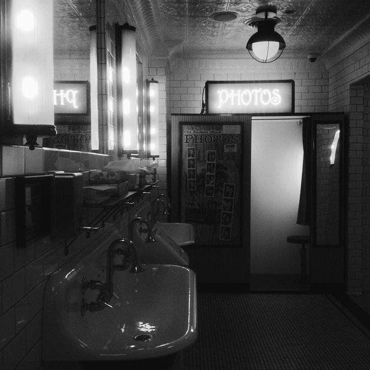 Flashback to this amazing washroom with a photobooth in it!  The Smith Restaurant in NYC. / Instagram @madalyn_k / madalynknebel.com