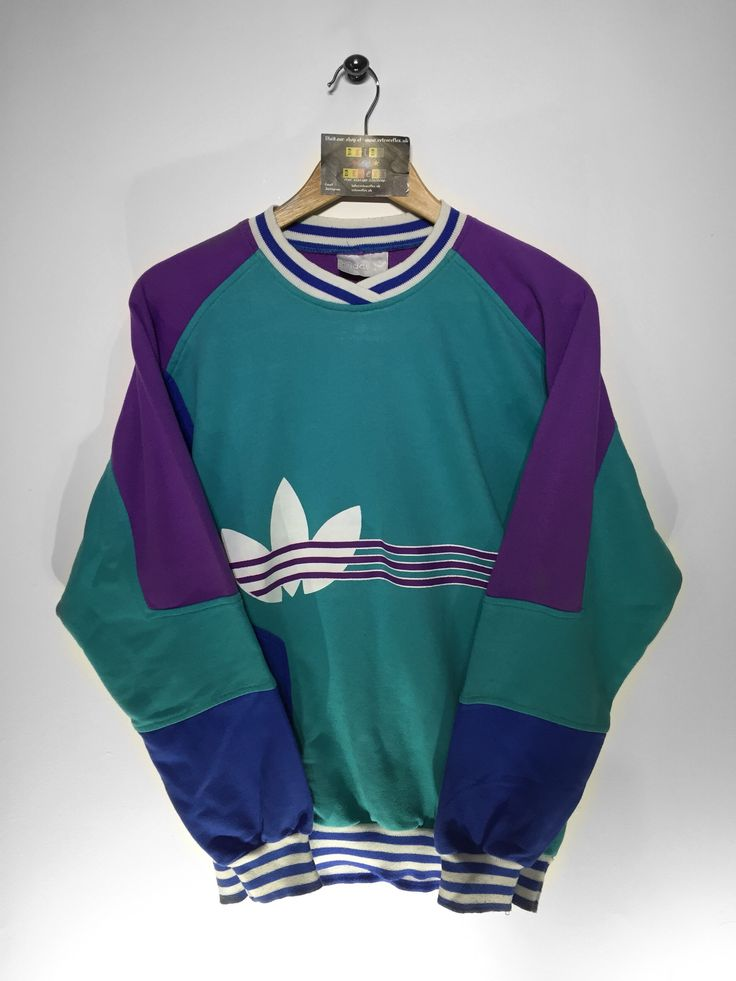 Adidas sweatshirt Size Small(but Fits Oversized) £36 Website➡️ www.retroreflex.uk #adidas #trefoil #vintage #oldschool #truevintage