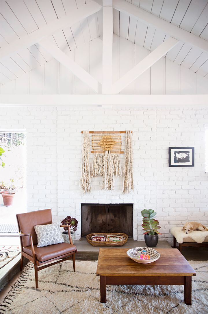 wall hanging: Living Rooms, Wall Hanging, Brick Wall, Chay Wike, Fashion Design, Fireplaces, House, White Brick, White Wall