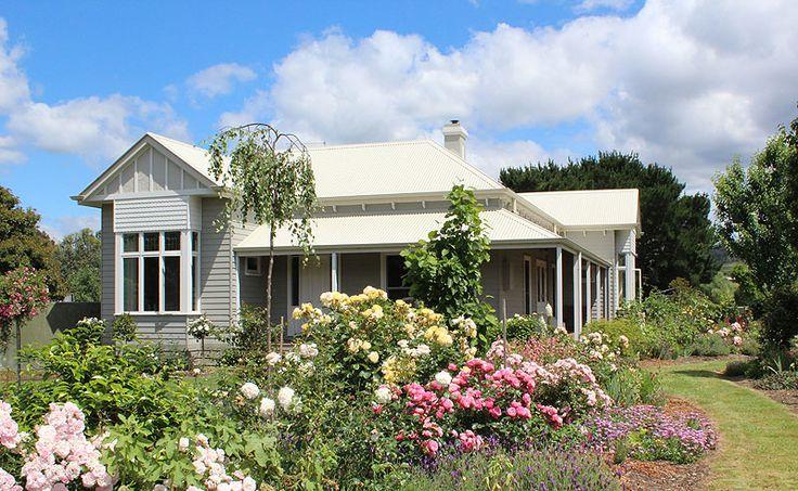 Harkaway Homes 'Gabled Victorian Traditional'.