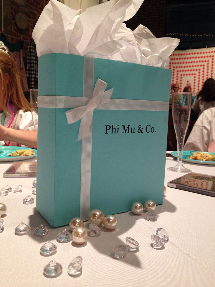 Ole Miss Phi Mu and Co. Bid Day 2013  I'm DEAD - it was my dream that our bid day would show up on Pinterest and this is the first I've seen of it!!  Had too much fun planning it with @Lauren Poelker !!