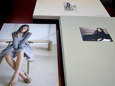 Pauw mode  Lithografie, bestaande uit kleurcorrectie, retouche en een extra drukvorm om de kracht van de afbeeldingen op uncoated papier te behouden