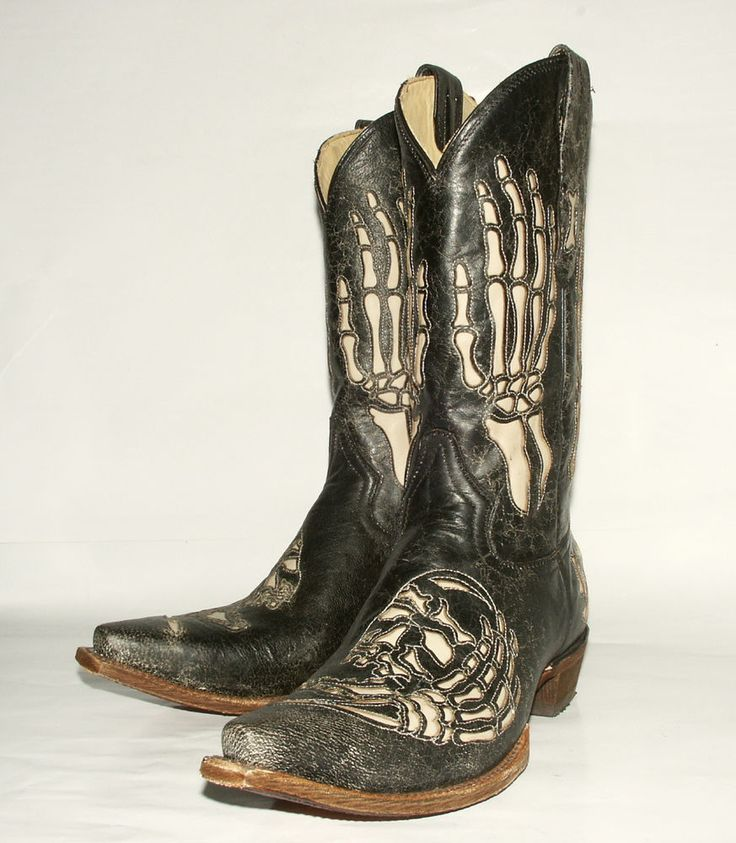 Cowboy Boots With Skulls On Them
