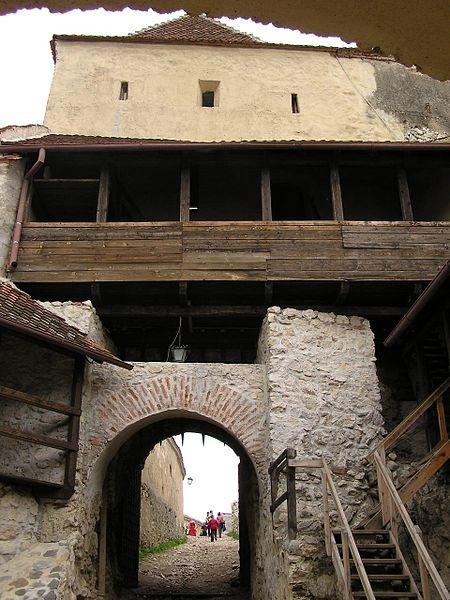 Râșnov Citadel entrance