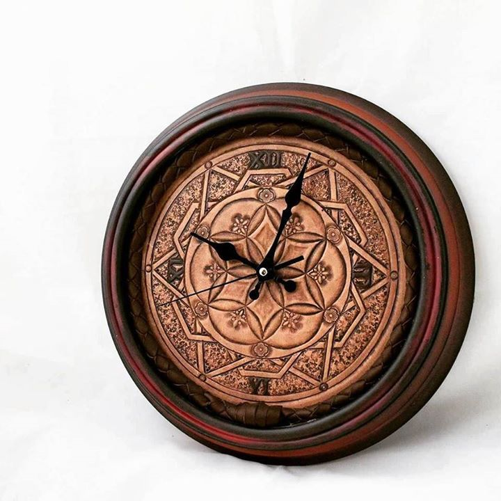 You can only say WOW on how this project turned out! Check this gorgeous mandala leather clock! These handmade carved patterns and textures are just perfect You can find this item on our etsy shop: LSDworkshop.etsy.com If you would like another custom design please don't hesitate to contact us! Happy crafting everyone!