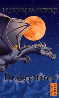 """Författare: Cornelia Funke """"Lung, en ung modig drake, hans lojala koboldvän Svavelfäll och en ensam pojke vid namn Ben är förenade som av ödet. Tillsammans ger de sig av på en magisk resa för att hitta den legendomsusade platsen där..."""