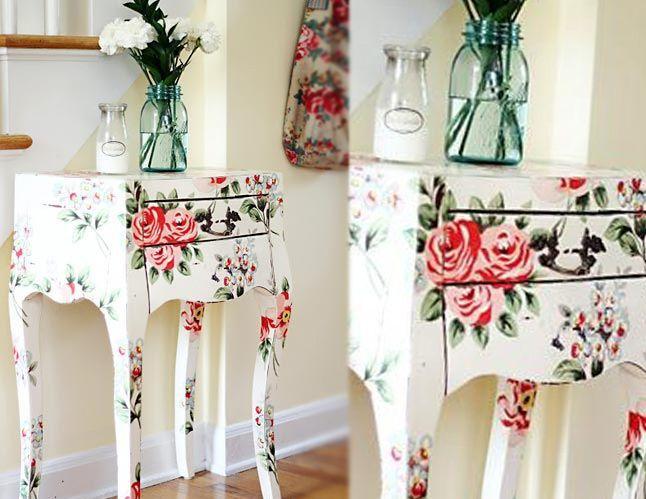 Olhem que Mesa com Decoupagem mais fofa meninas, deem uma olhadinha e escolha o seu Tema Preferido: http://goo.gl/au7ZQF
