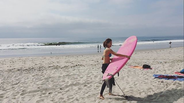 From ivykiteboarding🌸 #ivysurfing #kitesurfgirl #surfbeach #waves #farrockawaybeach #surfboard #surfing #surf #kitesurf #surfingisfun #cocosunshine #서핑 #서핑보드  #운동하는여자 #서핑재밌다 #kitesurfing #kiteboarding #kitesurf #kiteboard