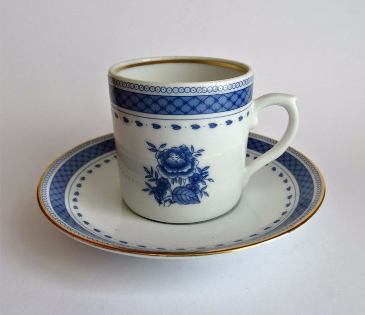 Vista Alegre Portugal Cup Blue and White Floral