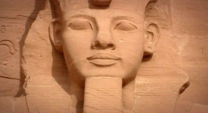 15. Ritual de resurrección y vida eterna para los egipcios, pero no era igual para el pueblo que para las clases dirigentes, exactamente igual que ahora. De hecho los Faraones Egipcios se iban hacia el lado contrario del firmamento que el pueblo, no en vano eran dioses.
