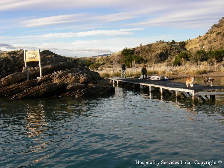 Photo: Hospitality Services Ltda - Copyright © Disembarking on Amanda Bay