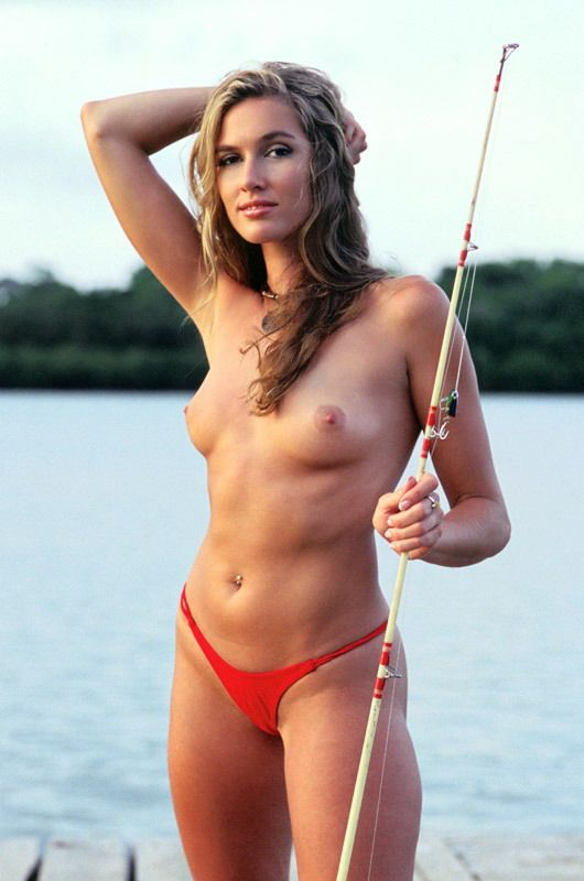 girls goes bass fishing nude