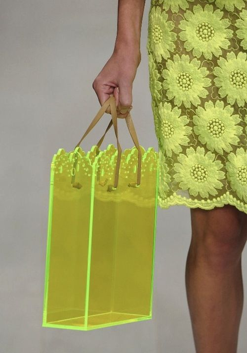 Simone Rocha #lfw catwalkRocha Lfw, Perspex Boxes, Plastic Bags, Neon Perspex, Boxes Bags, London Fashion, Perspex Bags, Simon Rocha, Neon Yellow