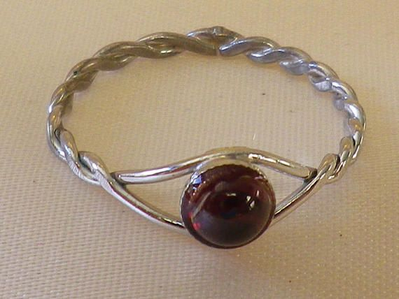 Vintage Sterling Silver Garnet Twist Ring Size 7 1/2 US and P