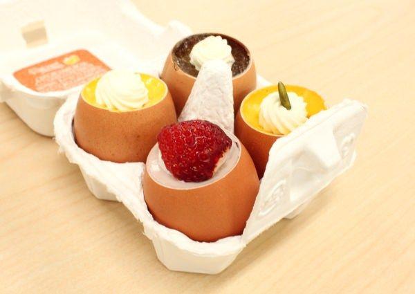 【きょうのおやつ】うふふ、卵の殻に入った「うふプリン」、うふふふふ...