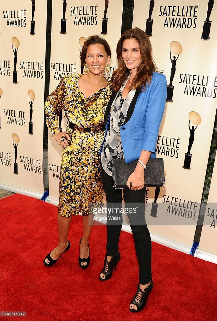 Vanessa Williams and Cindy Crawford attend The International Press Academy of Beverly Hills' 2012 Satellite Awards at Cafe La Boheme on May 2, 2012 in West Hollywood, California.