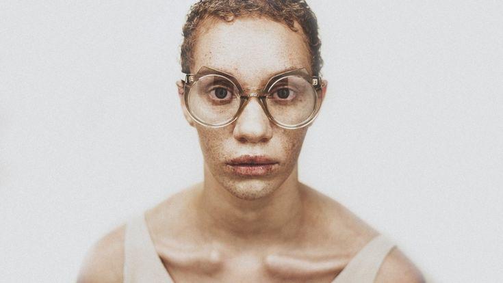 FA' EMPEL: WONDERWOMAN | sunglasscurator.com