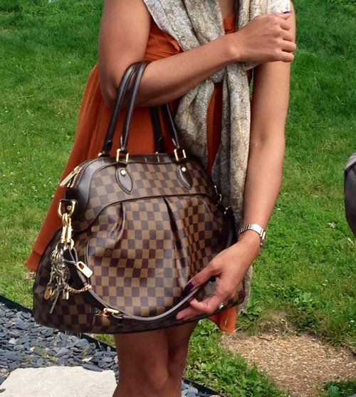 I want this so bad!! If only I didn't have to move right now- ugh!AUTENTIC LOUIS VUITTON TREVI GM - $2,000