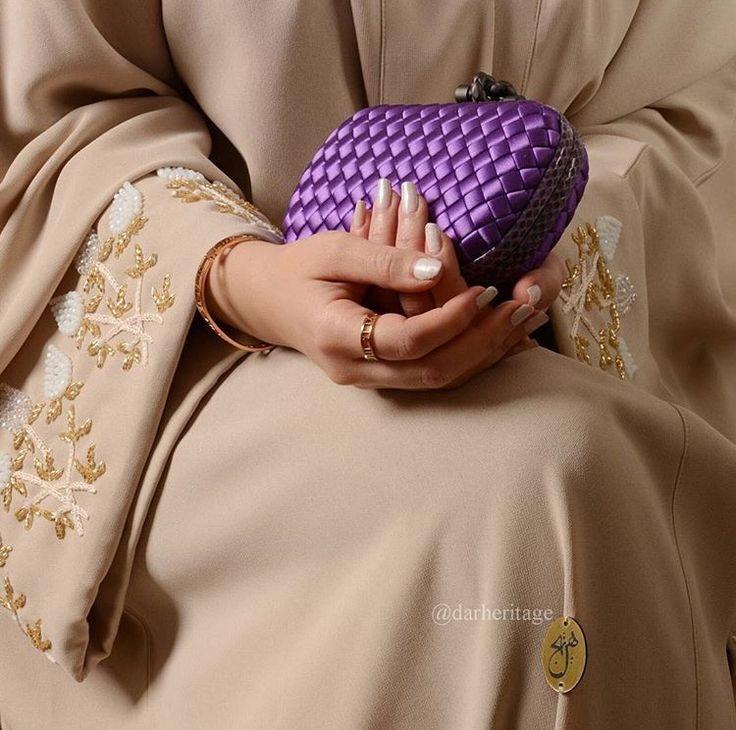 IG: DarHeritage || IG: BeautiifulinBlack || Abaya Fashion ||