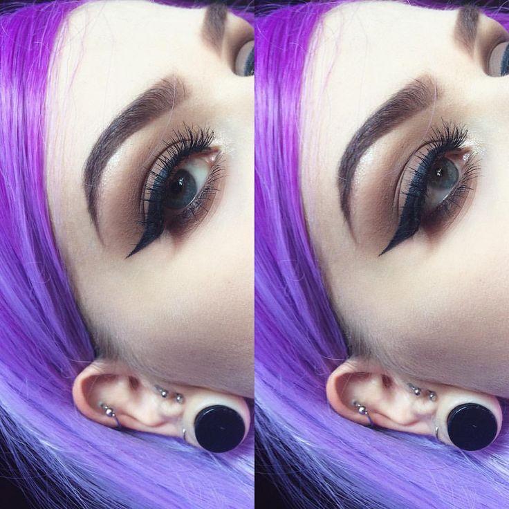 Just because my eyeliner and lashes are on point 🙏🏻 Eyeshadows: @makeuprevolution @makeuprevolutionu - lastfeastofthewolves