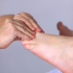 Мышечные спазмы в ногах расстраивают сон, ухудшают самочувствие и качество жизни. Могут быть признаком затвердения артерий, цирроза печени и других болезней.  В статье: лечение судорог ног, когда обращаться к медикам, какая информация им понадобится, народные методы при захвате мышц.