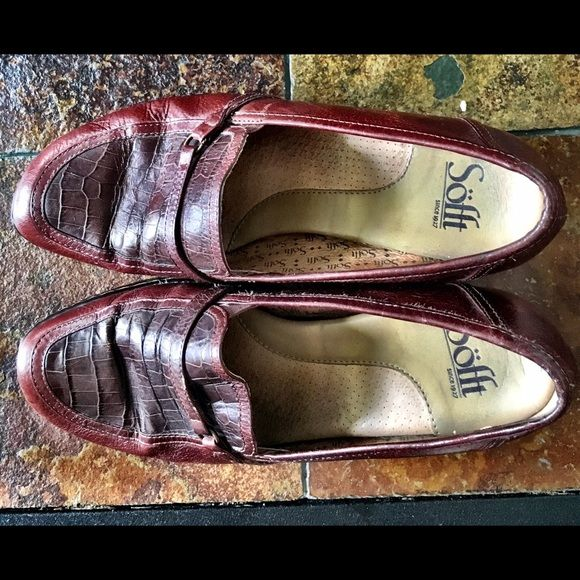Sofft burgundy shoe Very comfortable burgundy leather loafer Sofft Shoes Flats & Loafers