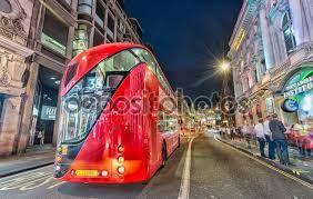 Картинки по запросу старый город лондон улица автобус