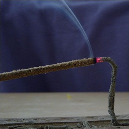 www.angelstarch.com/agarbind.php - Manufacturers, Suppliers & Exporters of Agarbind In India. It is generally used in the making of agarbatti, incense sticks.