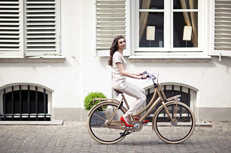 #french #style #fashion #bicycle #bike #fiets #design #cortina #gold #pretty #fashionista Stijlgroep Utility