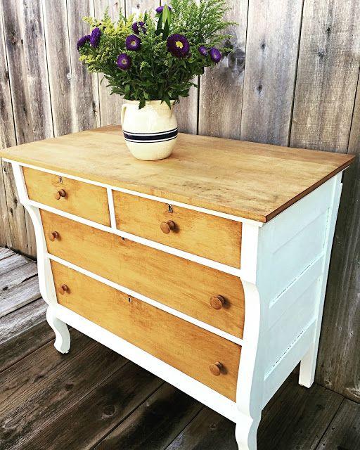 Linca cómoda-tocador en dos tonos intemporales, blanco y madera, me gusta!!!!