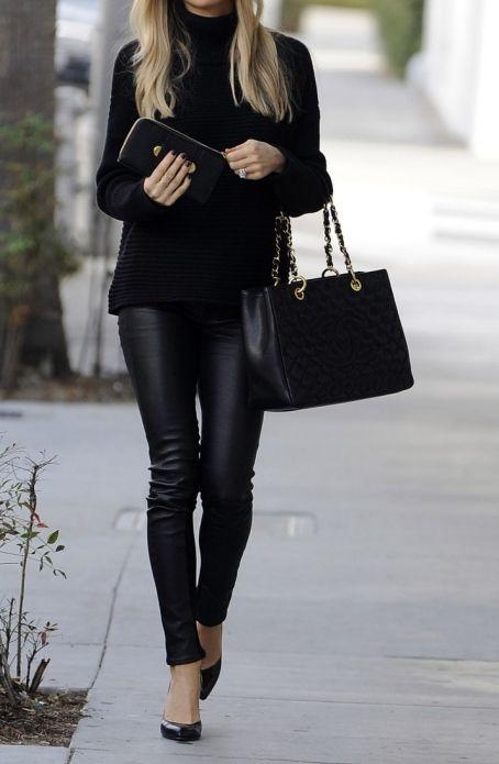 @gkeeyss https://www.facebook.com/Geraldinekeeyss-840801652636770/?fref=nf #looks #oficina #trabajo leather + knit + black