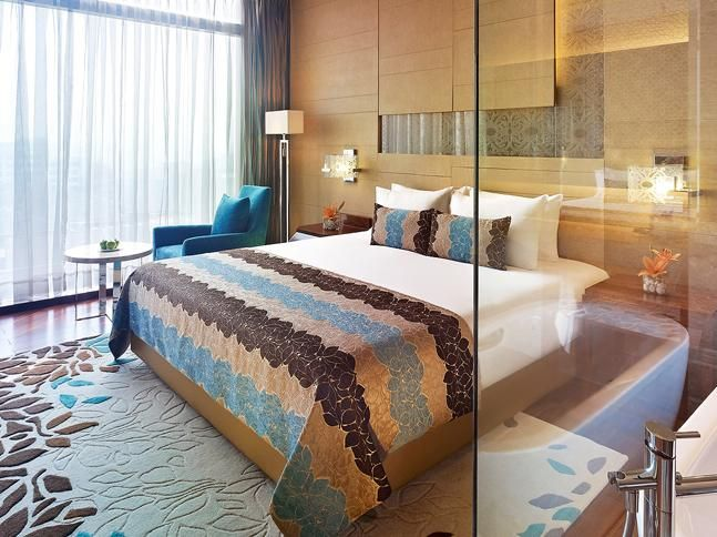 Deluxe Delight Room - for your discerning love to look out. P.S. It overlooks the poolside. #HotelRoom #Room #Gurgaon http://www.vivantabytaj.com/gurgaon