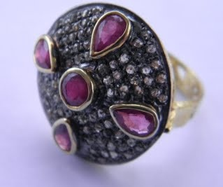 This website is offering a large selection of antique and vintage jewellery at scrap price this month - got to be worth a look.