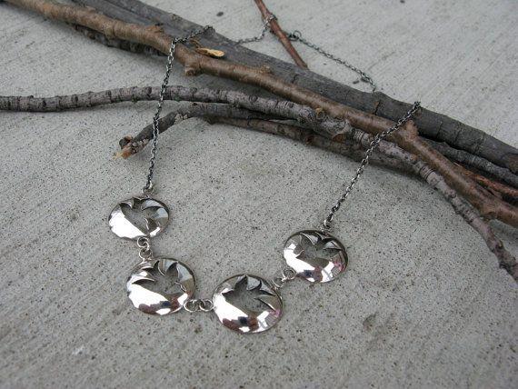 Collier quatre Hirondelles en argent sterling par JoaillerieSRoy