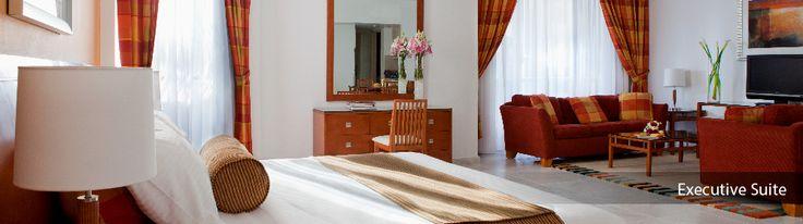 Golden Sands Hotel Apartments Bur-Dubai GOLDEN SANDS HOTEL APARTMENTS are perfectly placed within the heart of fashionable Bur Dubai. http://buff.ly/1zNFnbM