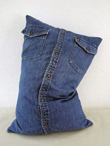 cushion from denim shirt (free pattern)