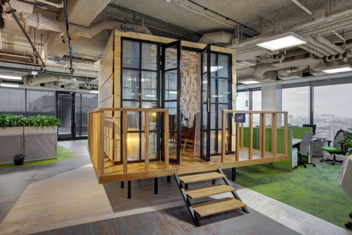 Office Snapshots - very cool blog about interesting office designs