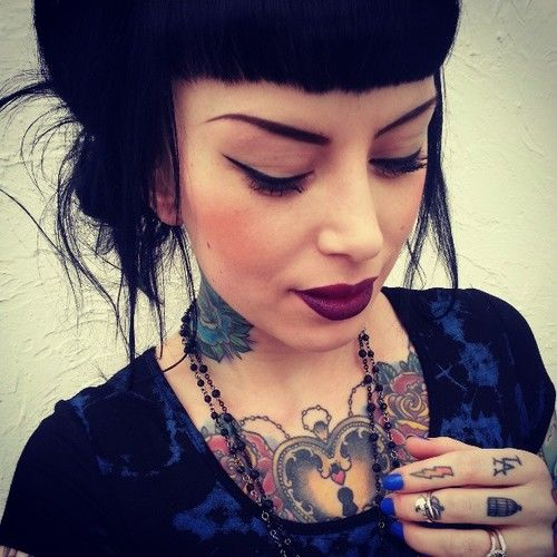 Love Everything About This Pic; Hair, Makeup and Tatt