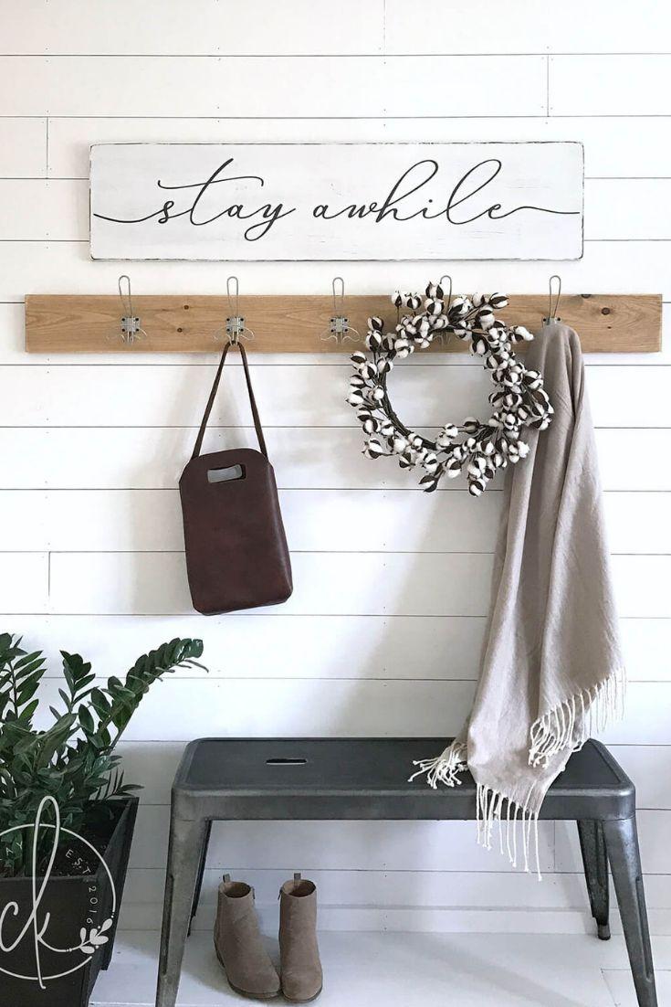28 Appealing Small Entryway Decor Ideas To Welcome You Home Entryway Decor Small Entryway Wall Decor Entryway Decor