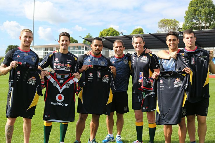 Sam Tomkins, Ngani Laumape, Nathan Friend, Shaun Johnson and Charles Gubb with Jamie Whincup and Craig Lowndes #RedBullRacing #Training #Motorsport #CraigLowndes #JamieWhincup #WarriorsForever
