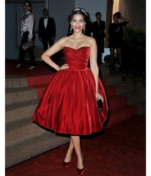 Celebrity Style-Sonam Kapoor Beacon red dress