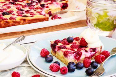 Summer berry slice